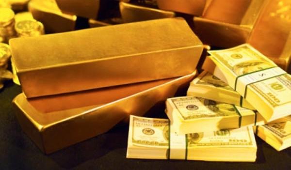 L'or profite du soutien de ses piliers