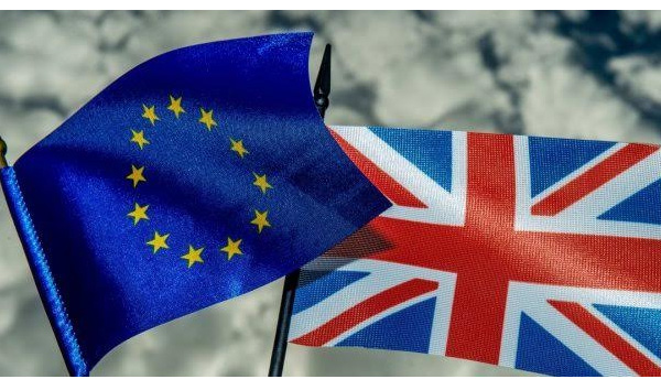 Le retour des inquiétudes 'Brexit' booste l'or
