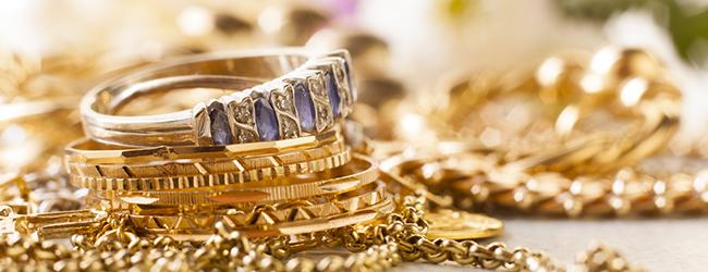 147a576d50e Porter ses bijoux en or en été