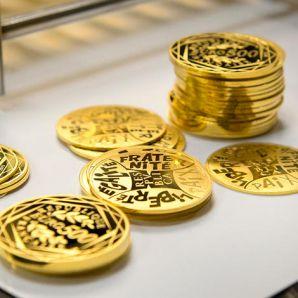 Les pièces d'or : Le nouveau cadeau à la mode