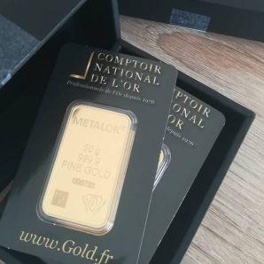 Le Comptoir National de l'Or récompense le M.X qui a rendu le colis remplis d'Or à la Police